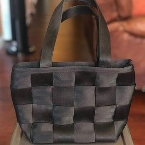 Harvey's Seatbelt Handbag